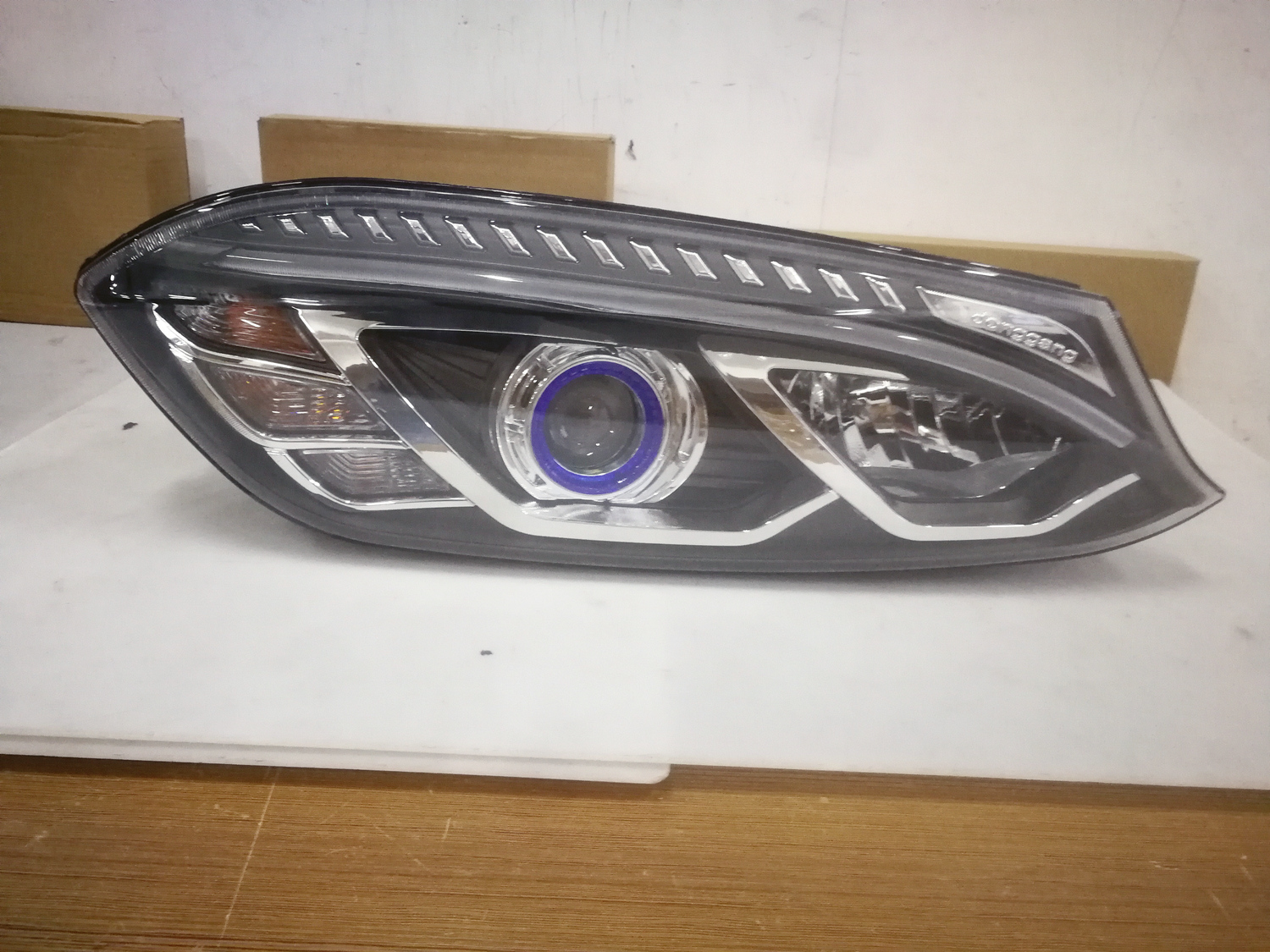 HC-B-1550-1 KINGLONG BUS LED HEAD LAMP WITH LED FIBER, FRONT HEADLIGHT WITH PROTECTOR