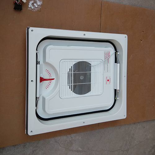 HC-B-7024-1 BUS 800B AUTO SAFE EXIT SKYLIGHT SIZE:800*700*180MM HOLE SIZE:710*610*R120